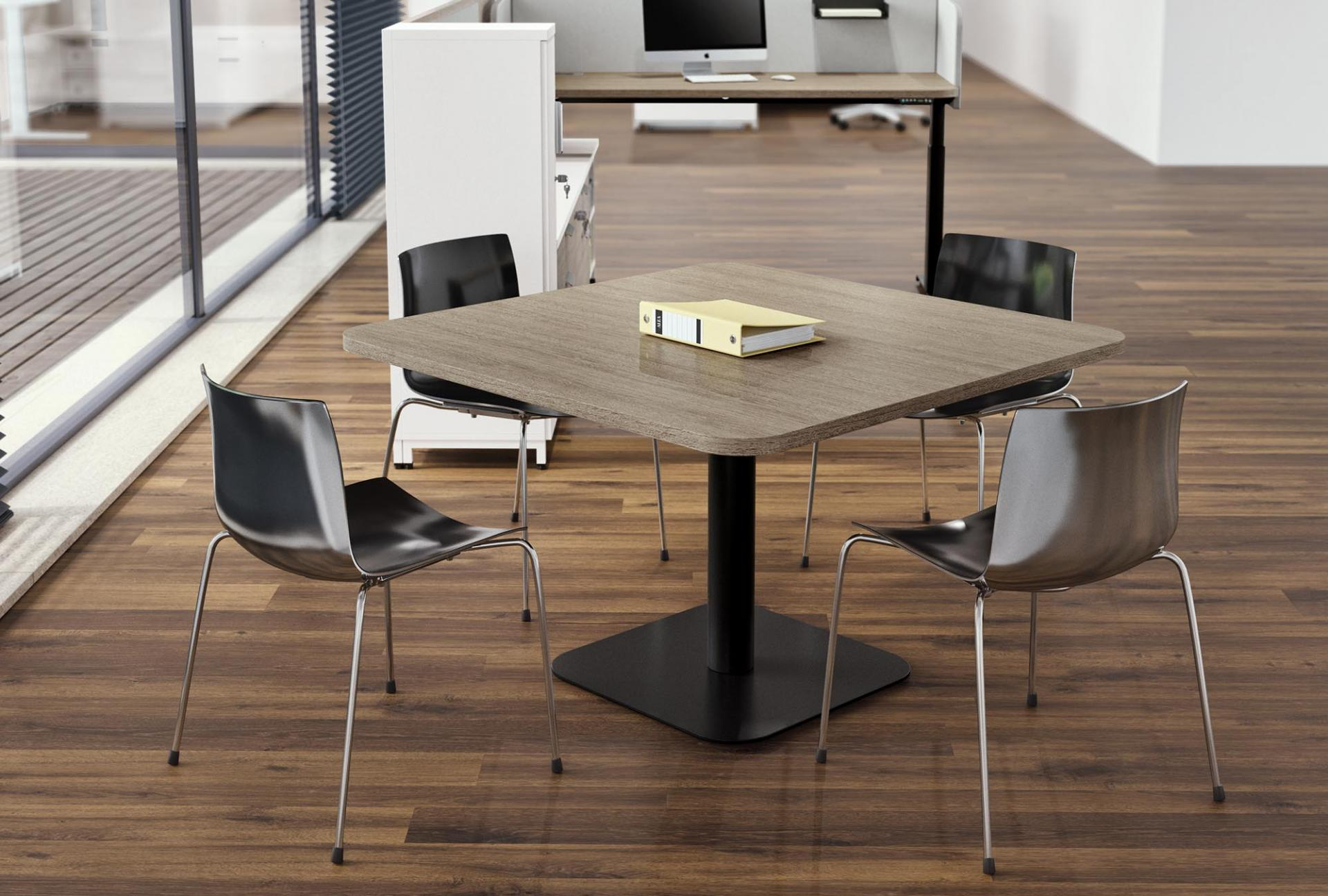 Tables with metal base dettaglio