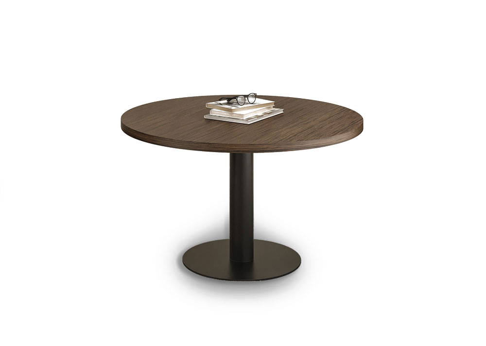 Tables with metal base elenco